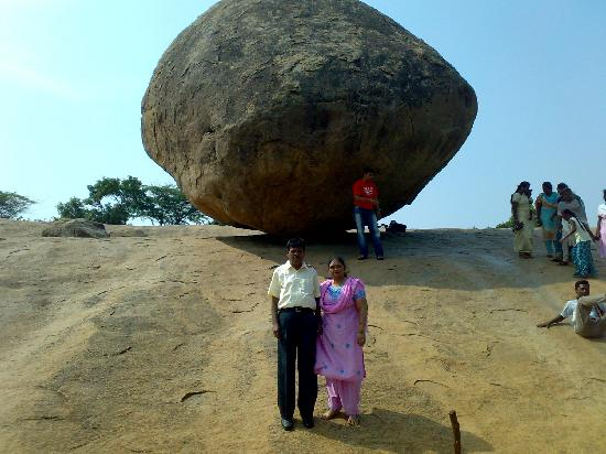 Krishna's Butter Ball: Balancing point at Mahbalipuram