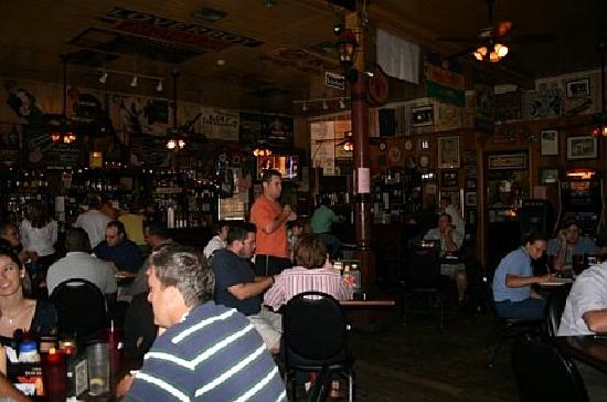 Rivershack Tavern: Inside Rivershack