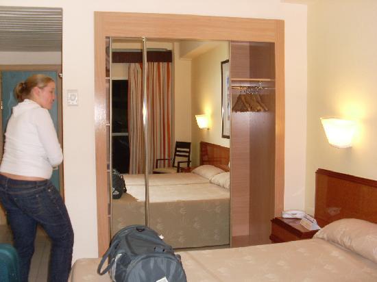 Hotel Los Patos Park : Hotel Room