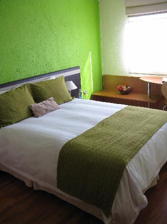 Hotel Puerto de Vega: Our room