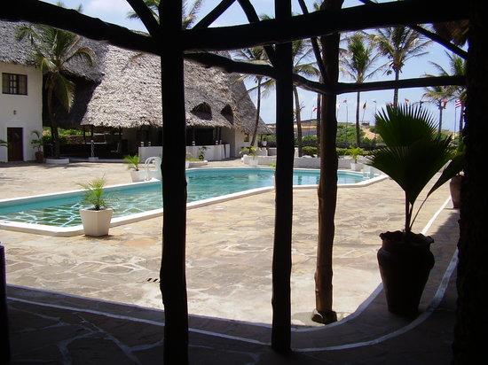 Barracuda Inn: La piscina dell'hotel