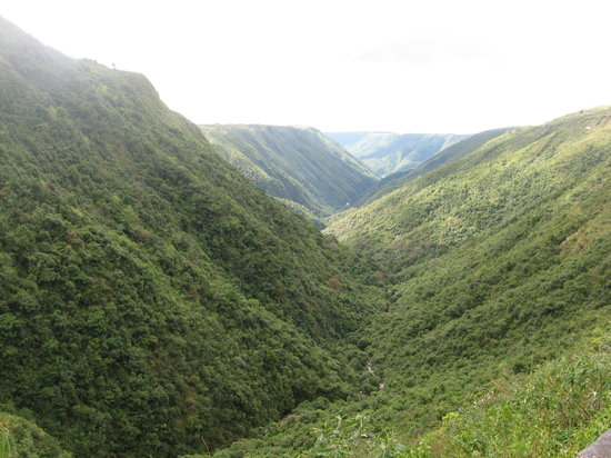 Shillong, Índia: Way to Cherapunjee