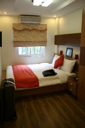 Hanoi Elegance Ruby: standard room