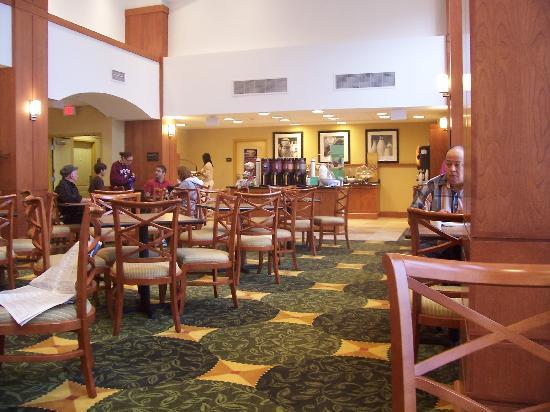 Hampton Inn & Suites Orlando - South Lake Buena Vista: Breakfast Area