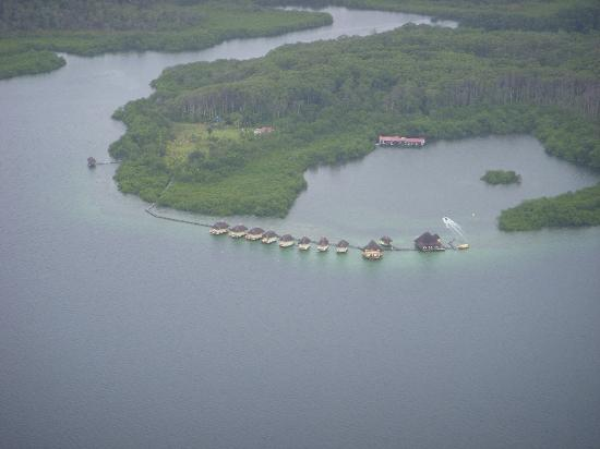 Punta Caracol Acqua Lodge: View of Punta Caracol from the plane