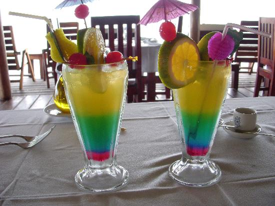 Punta Caracol Acqua Lodge: now that is a welcome cocktail!