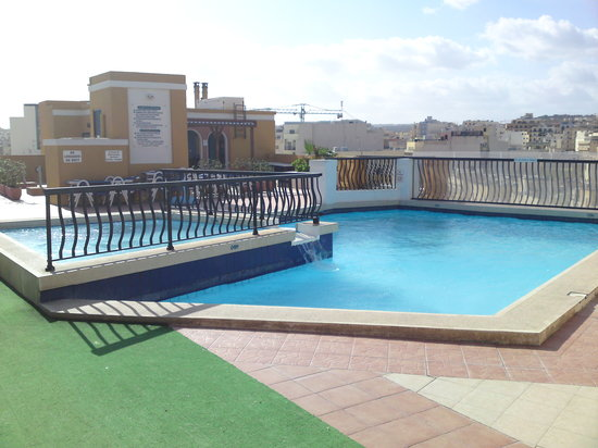 Sunseeker Holiday Complex: Roof top pool