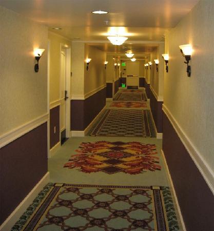 Chukchansi Gold Resort & Casino: Hallway