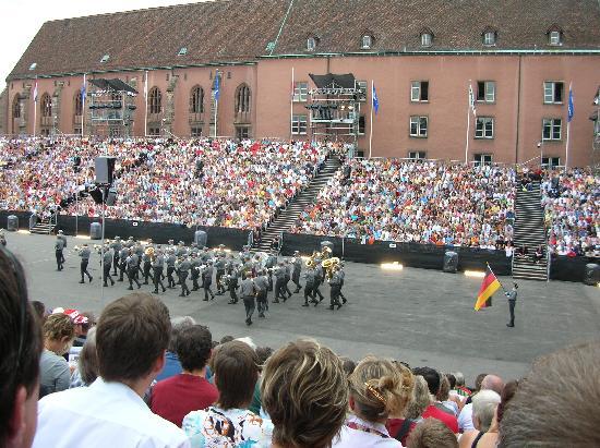 Bazel, Zwitserland: bayerische Blasmusik