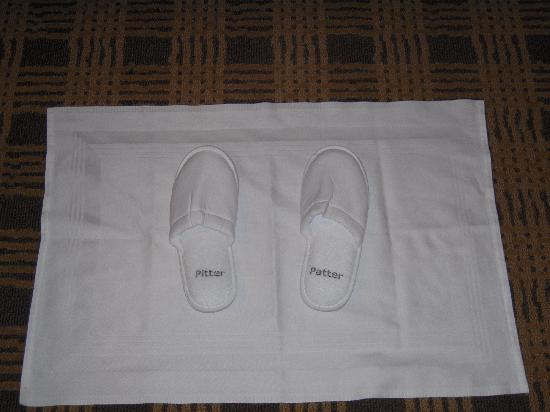 Loden Hotel: Turn down service with slippers by the bed!