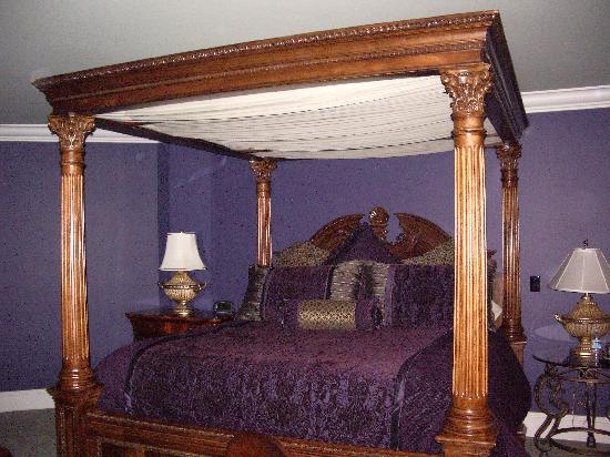 Cameo Heights Mansion Bed & Breakfast : Greek Room