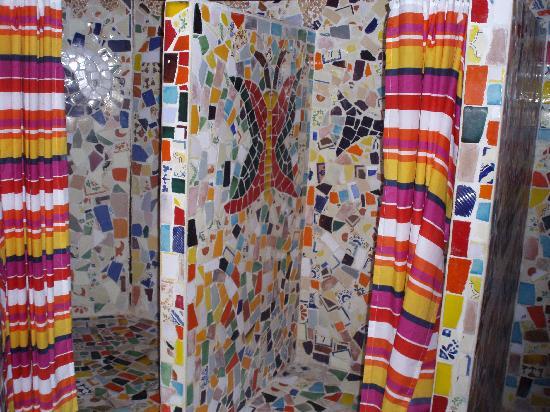 Hostel & Cabanas Ida y Vuelta Camping: Bathroom