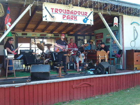 Berkeley Springs, WV: This is the outdoor stage at The Troubadour