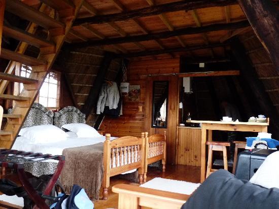 Buchu Bushcamp: Inside the Chalet