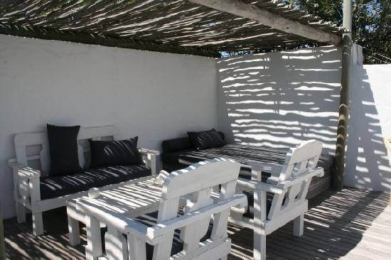 Zensa Lodge: The outside