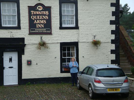 The Queens: Queens Arms inn 2