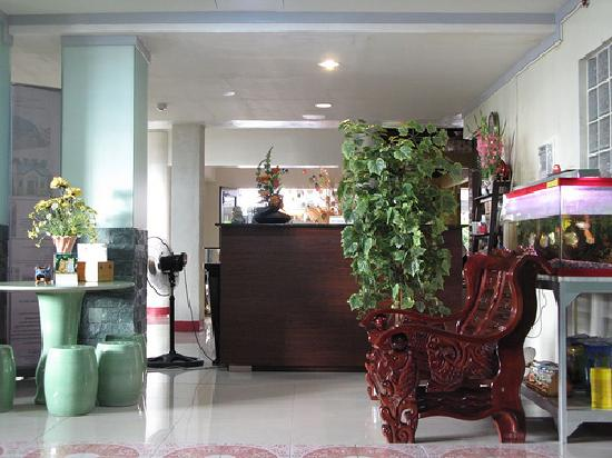 Pacific Pensionne: reception area
