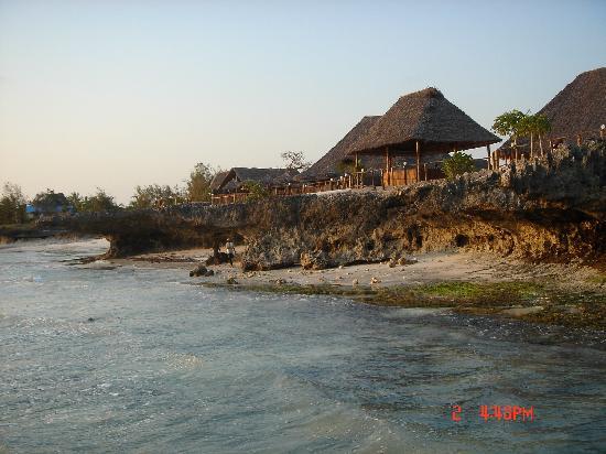 Dolphin Beach Resort : acatilado