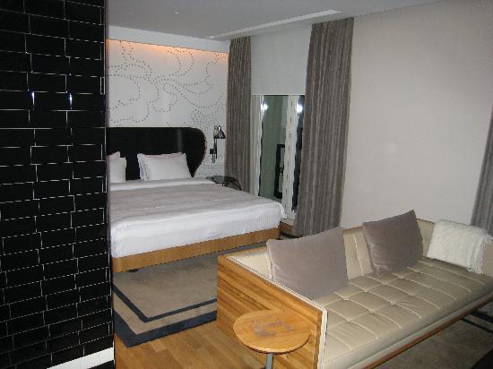 Witt Istanbul Suites: bed
