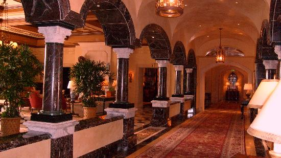 Fairmont Grand Del Mar: View in the lobby.