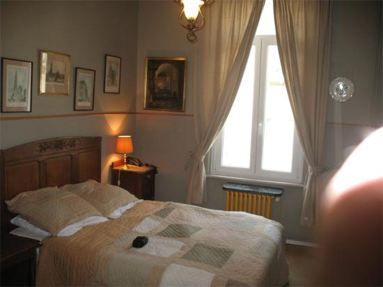 Residence Rembrandt: Bedroom Window