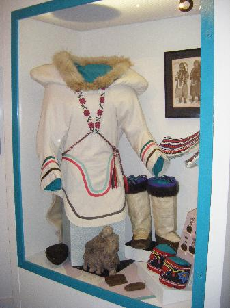 Iqaluit, Canada: Traditional dress of women