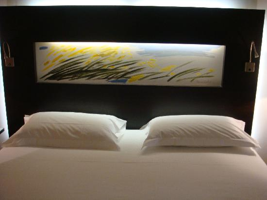 headboard art picture of hotel mercure siracusa prometeo headboard wall art headboard designs