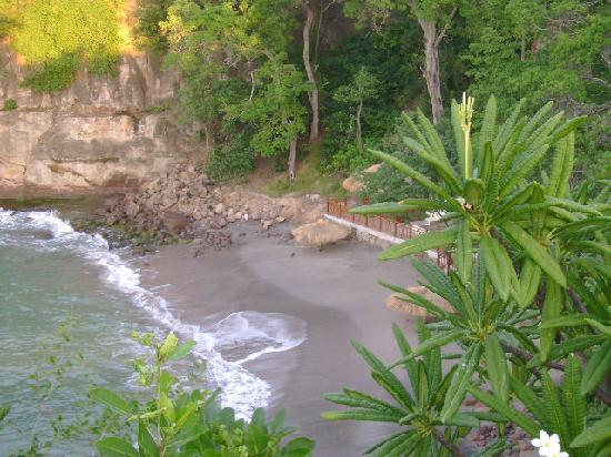 Cap Maison: Smugglers Cove beach