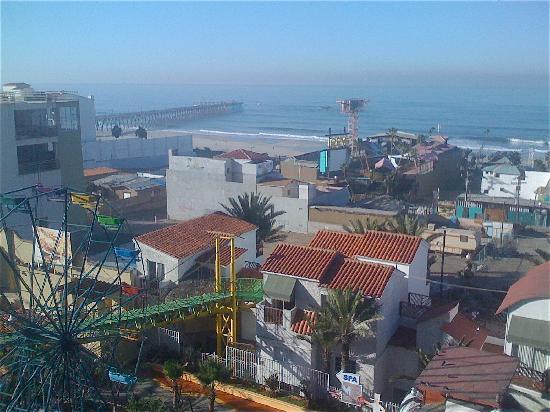 Festival Plaza Hotel: Room View of Rosarito Beach Hotel