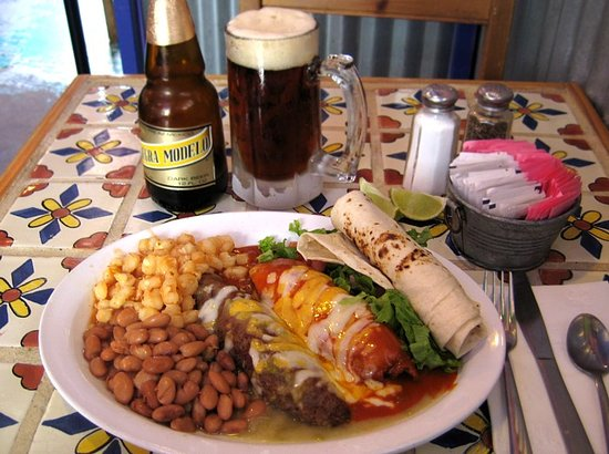 El Prado, NM: Lunch & a beer ...
