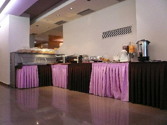 Galaxy City Center Hotel: Breakfast Buffet