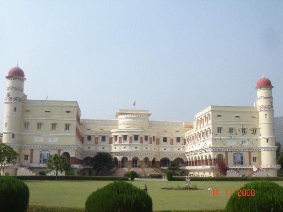 The Sariska Palace: SARISKA PALACE