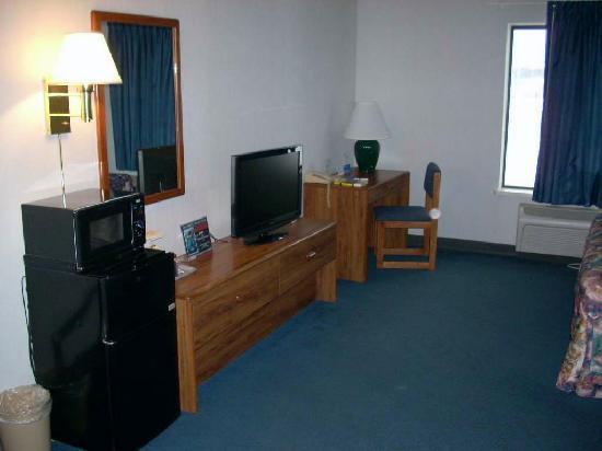 Days Inn Black River Falls: Room photo 1