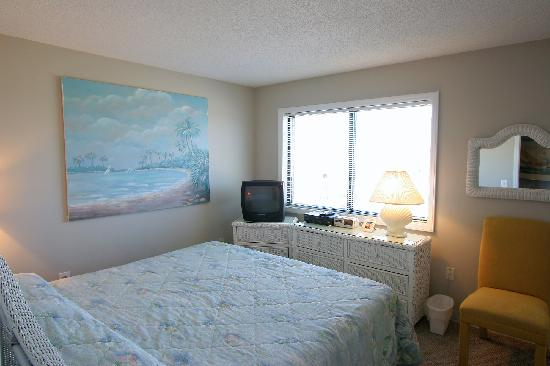 Atlantic Towers: Master Bedroom