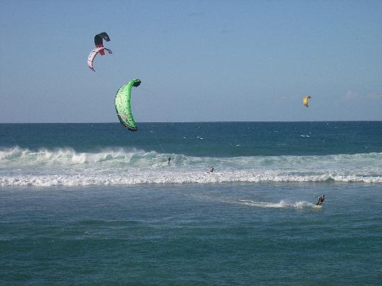 Villa Tropical Oceanfront Apartments on Shacks Beach: Kite-boarding Shacks Beach
