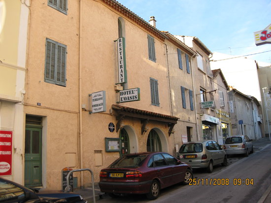 Bandol, Francia: Outside of hotel