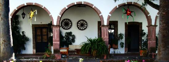 Rancho Hotel El Atascadero: The old hacienda building