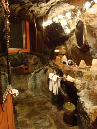 Caveman Bathroom Picture Of Madonna Inn San Luis Obispo