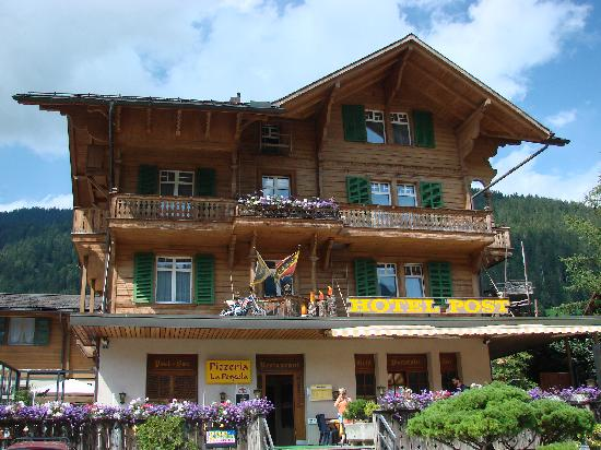 Hotel Post AG Zweisimmen: Post Hotel from front