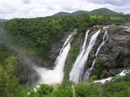 Shivasamudram Falls: beautiful water-fall at Shivasamudram