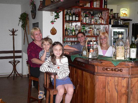 Restaurant _ Penzion Zlata Koruna: Bar