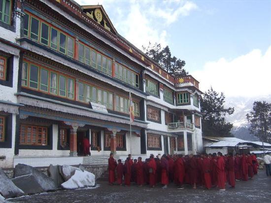 อรุณาจัลประเทศ, อินเดีย: Prayers at Tawang Monastery