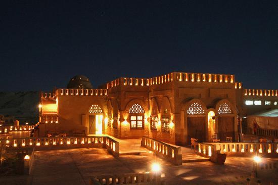 Dakhla, Egypt: Alla sera