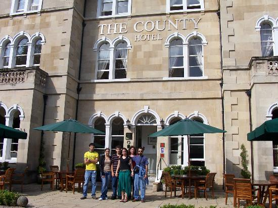 The County Hotel: Worth Staying At