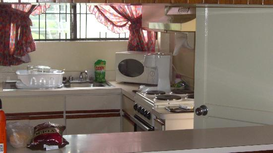 Apartotel Maria Alexandra: Kitchen