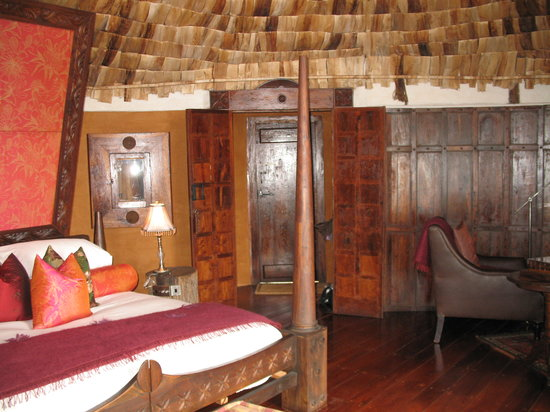 andBeyond Ngorongoro Crater Lodge: Room 12A