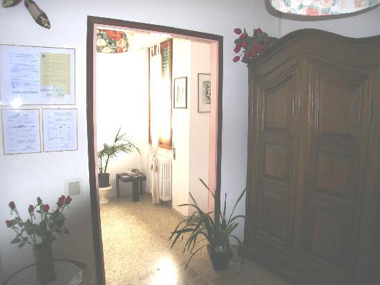 Leonardo's Rooms Locanda Nova B&B: Ingreso
