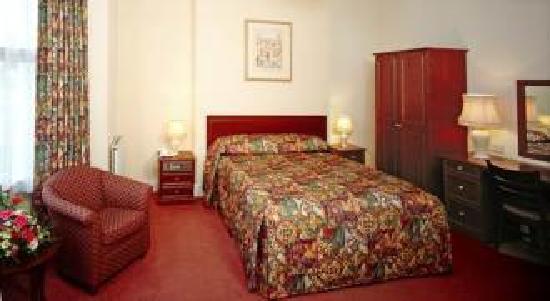 Badroom picture of ashley hotel cambridge tripadvisor - Bad room pic ...