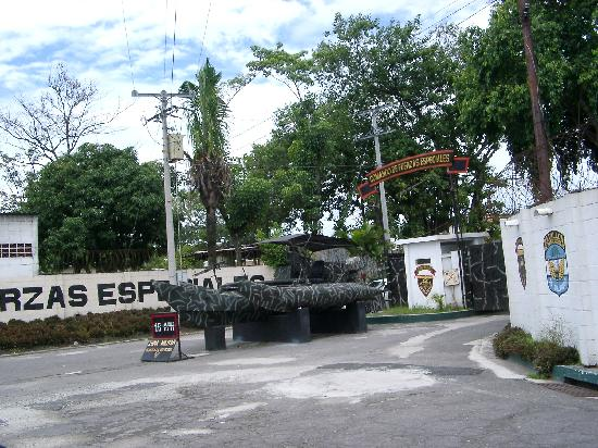 Military Museum El Zapote Barracks: Entrance to Army Post