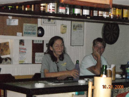 Hotel Castilla: Joanne and Marta